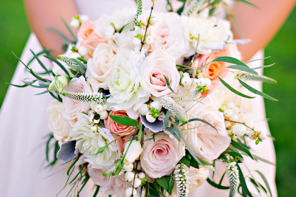 nina brian real weddings diane gaudett custom floral designs wedding flowers. Black Bedroom Furniture Sets. Home Design Ideas